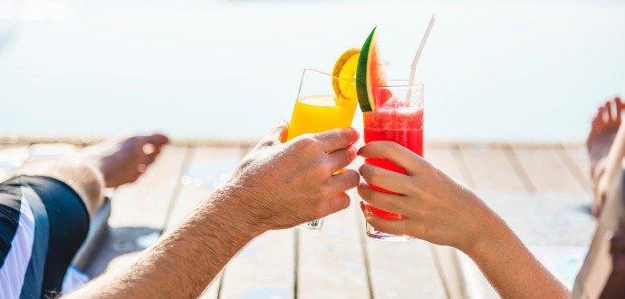 Pitný režim pod drobnohledem: zjistěte co, kdy a v jaké míře pít