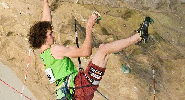 Na vrcholky stěn: indoorové lezení