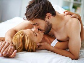 Líbejte se! Polibky mají vliv na orgasmus a častější sex, ukázala studie