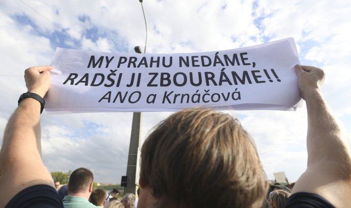 Protesty proti bourání Libeňského mostu