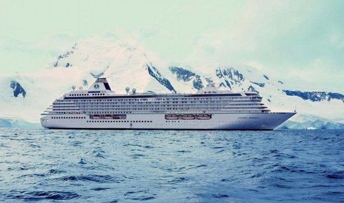 Loď Crystal Serenity