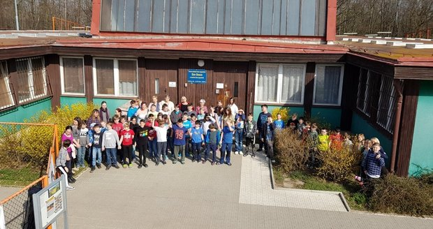 Logopedická škola pro děti s poruchou řeči dnes funguje ve zcela nevyhovujících podmínkách. Příští rok by se měl začít stavět nový areál v Klecaneh
