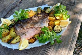 Šťavnatý losos z trouby: Víme, jak docílíte extra křupavé kůže!