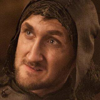 Navzdory snadné zaměnitelnosti postavy rodu Freyů to byl právě Tom Brooke, který hrál Lothara ve chvíli, kdy provedl jedno u nejohavnějších věcí v celém seriálu – bod těhotnou Talisu, manželka Robba Starka