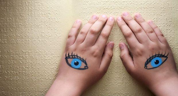 Co vynalezly děti? Od trampolíny po Braillovo písmo a televizi