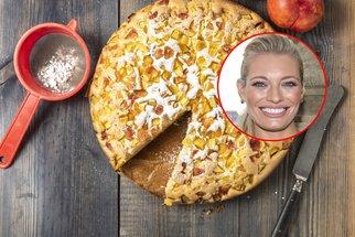 Hrnkový koláč podle Lucie Borhyové: Ovocné mámení, které si zamilujete na první sousto
