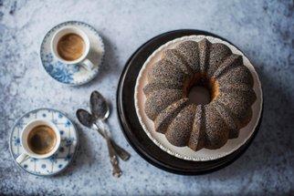 Maková bábovka, křehký drobenkový koláč i rychlá hrnková buchta: Moučníky, kterým nelze odolat