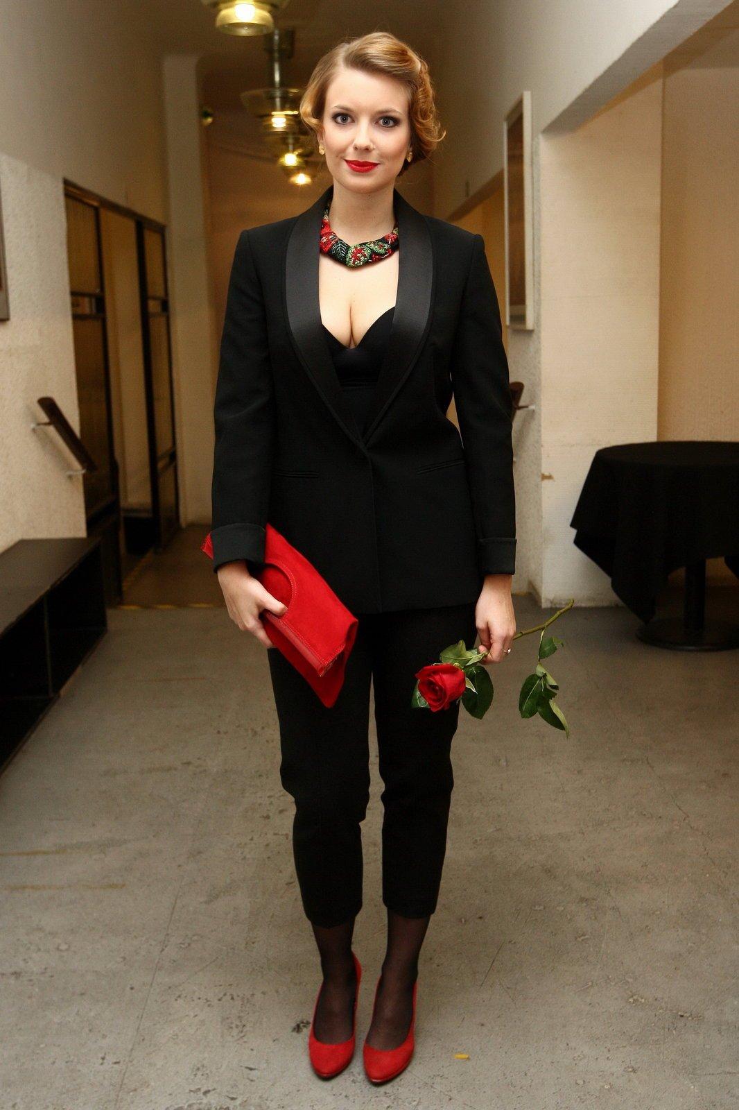 Vycházející hvězda Malvína Pachlová má za sebou premiéru filmu Raluca, v němž má hlavní roli.