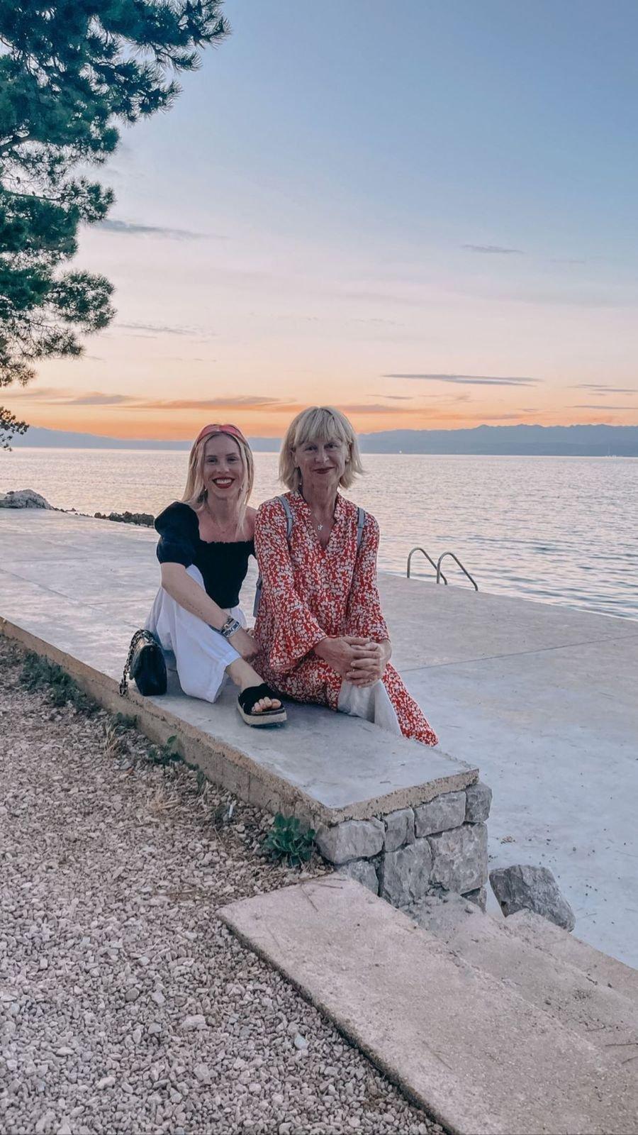 Mariana Prachařová je na dovolené v Chorvatsku s maminkou Danou Batulkovou