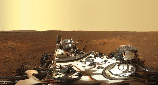 První dny na Marsu: Rudá planeta očima sondy Perseverance