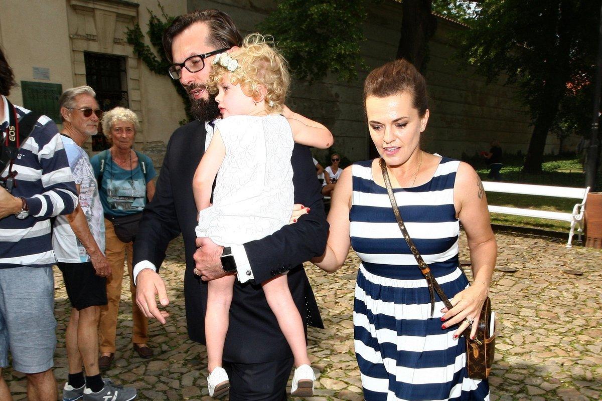 Marta Jandová s manželem a dcerou