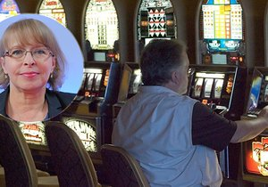 Councilor Hana Marvanová presented a decree that will introduce a blanket ban on slot machines throughout Prague.
