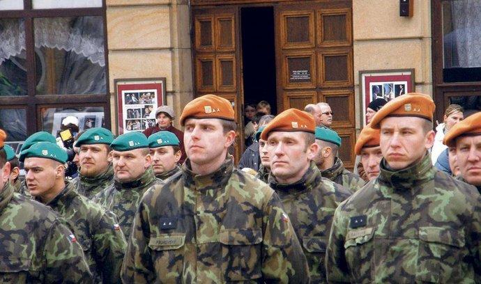maskovací stejnokroj české armády vzor 95