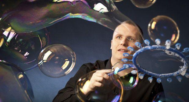 Duhový zázrak: Svět patří bublinám!
