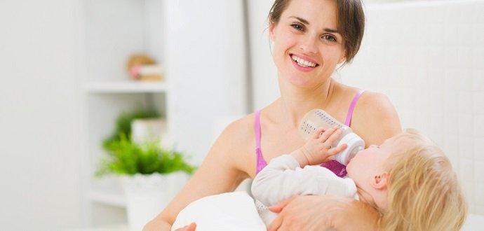 Jak přejít z mateřského mléka na umělé v klidu a v pohodě