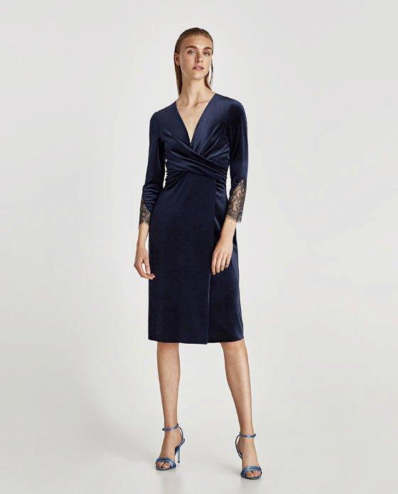Sametové šaty, Zara, 899 Kč