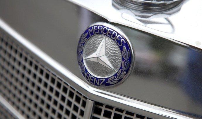Znak Mercedesu