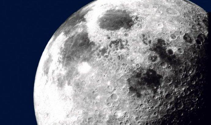 měsíc,vesmír,astronautika