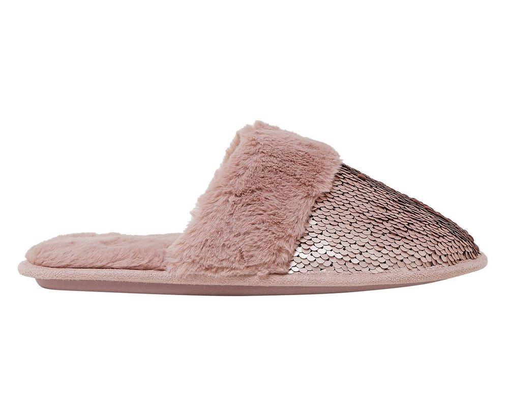 Pantofle se třpytkami, Marks & Spencer, 499 Kč