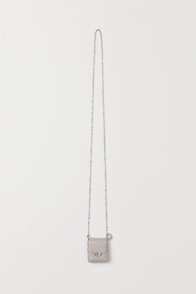 Náhrdelník s obalem na AirPody, H&M, 349 Kč