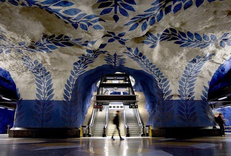 Podzemní dráha ve švédském Stockholmu je nejdelší galerie na světě
