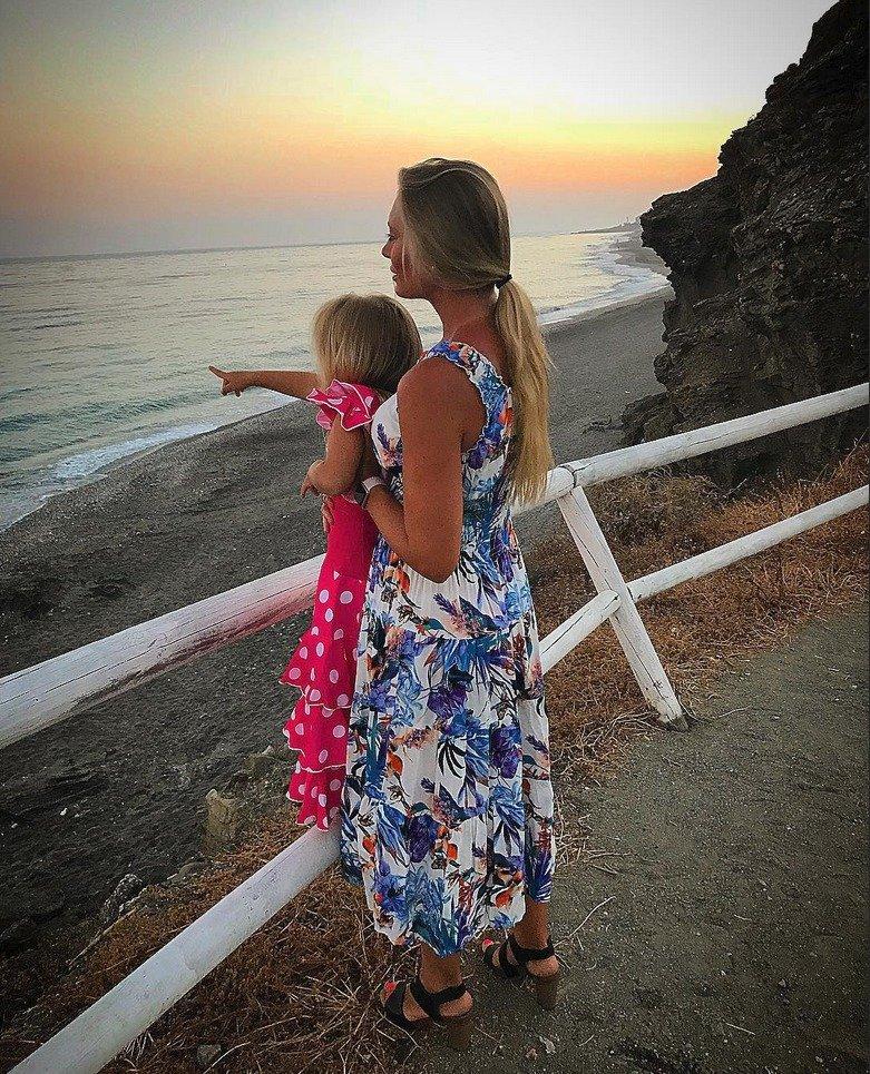 Lucie a Michal spolu i po rozchodu kvůli dceři včetně rodin dobře vycházejí.