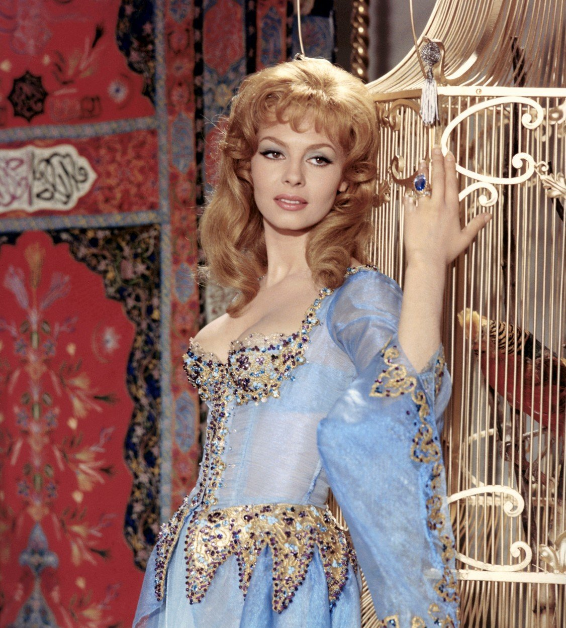 Michèle Mercier ve své nejznámější roli Angeliky