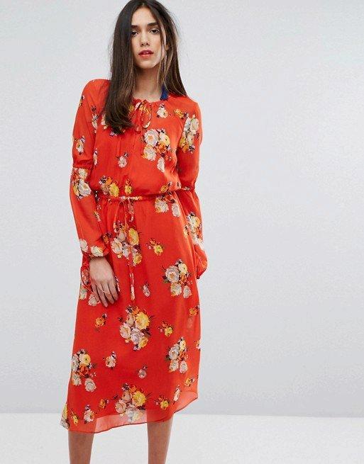 Květované šaty, Warehouse, 59 GBP, www.asos.com
