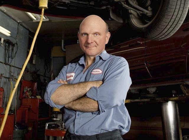 Dnes už bývalý výkonný ředitel společnosti Microsoft, Steve Ballmer , jako mechanik; má jmění v hodnotě 20.8 miliardy $