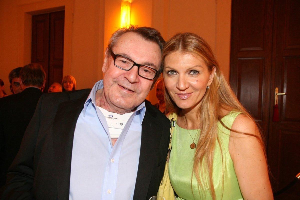 S manželem Milošem Formanem jsou svoji 15 let.