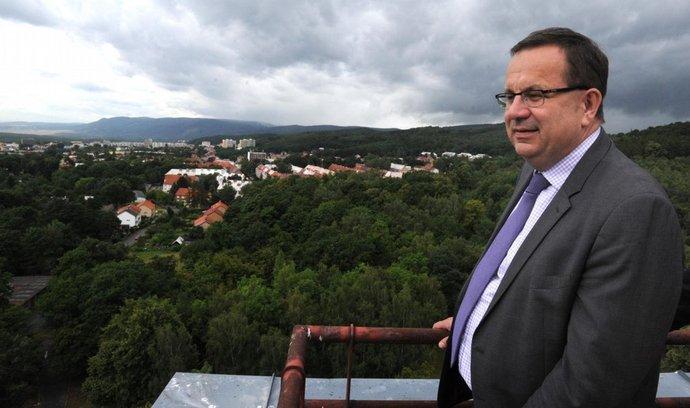 ministr průmyslu Jan Mládek na střeše litvínovského Koldomu.