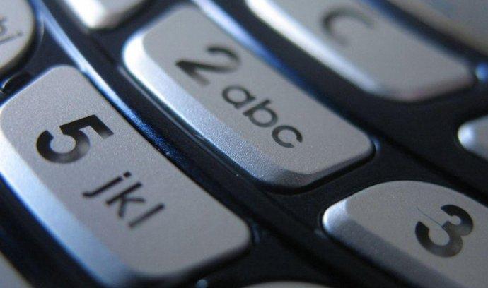 mobilní telefon, telefonování, telekomunikace