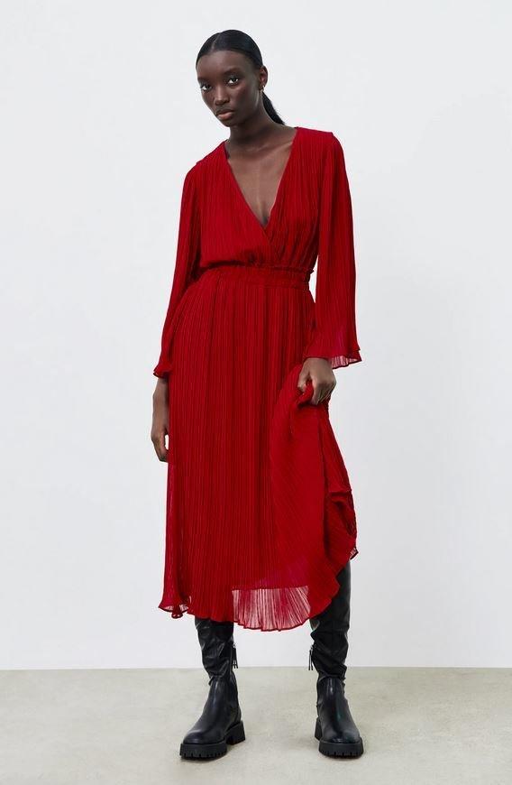Plisované midi šaty, Zara, 1199 Kč