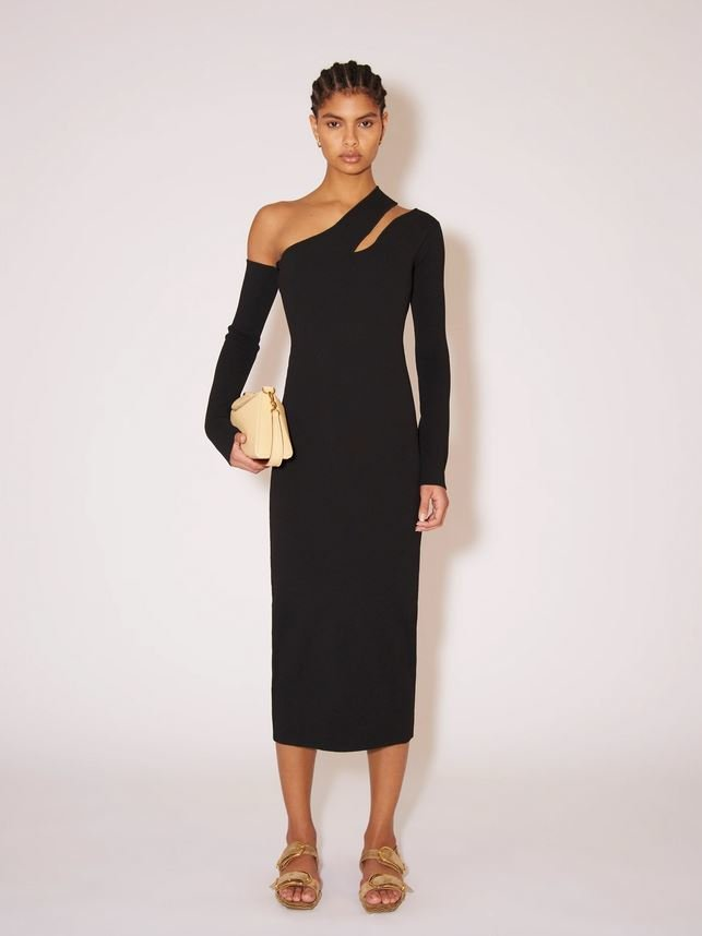 Úpletové šaty, Nanushka, 495 EUR