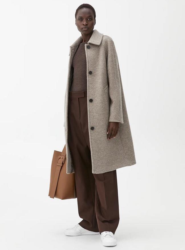 Vlněný kabát, Arket, 250 EUR