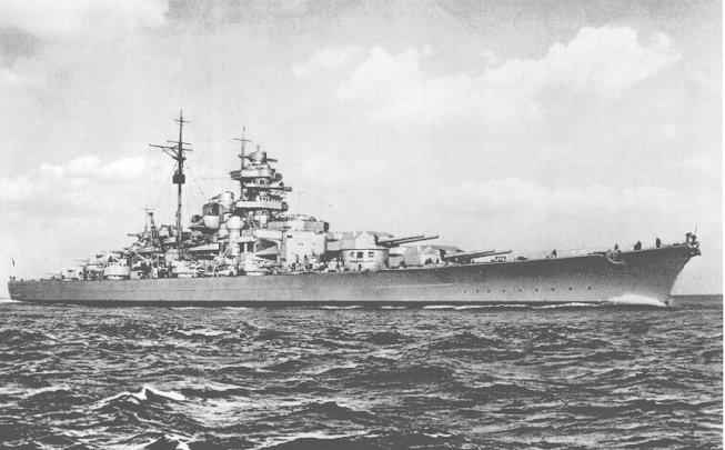 Německá bitevní loď Bismarck byla spuštěna na vodu v roce 1939, potopena byla o dva roky později.