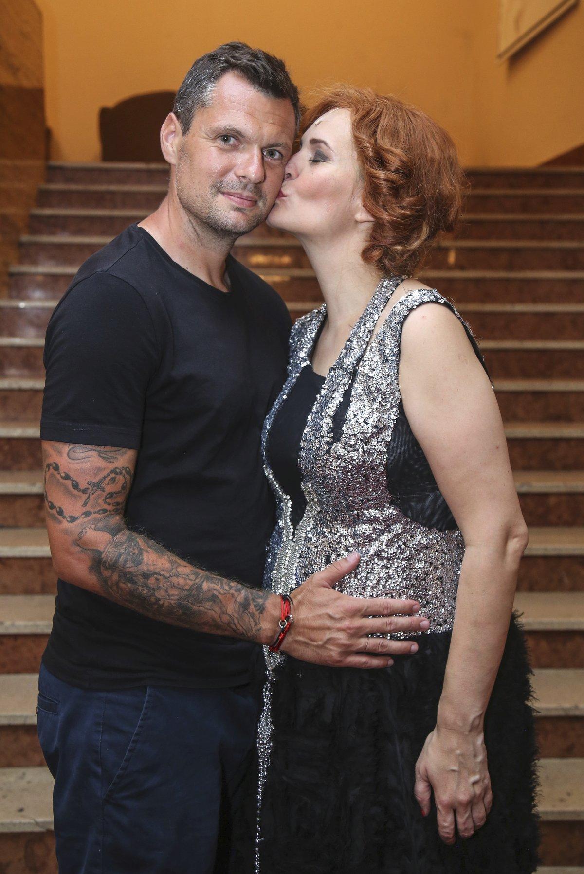 Těhotná Monika Absolonová s partnerem Tomášem Hornou