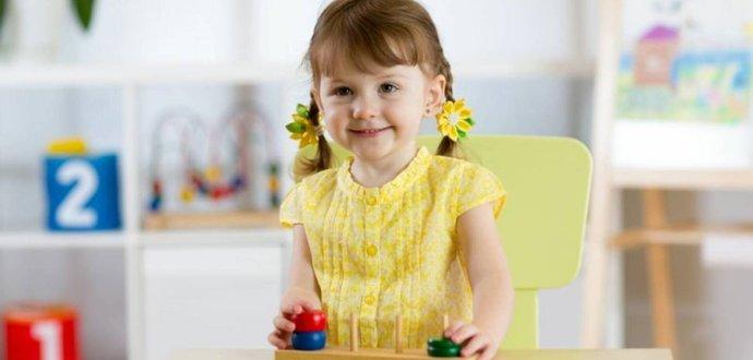 Montessori aktivity pro děti do 3 let. Proč jsou vhodné a jak je jednoduše vyrobit