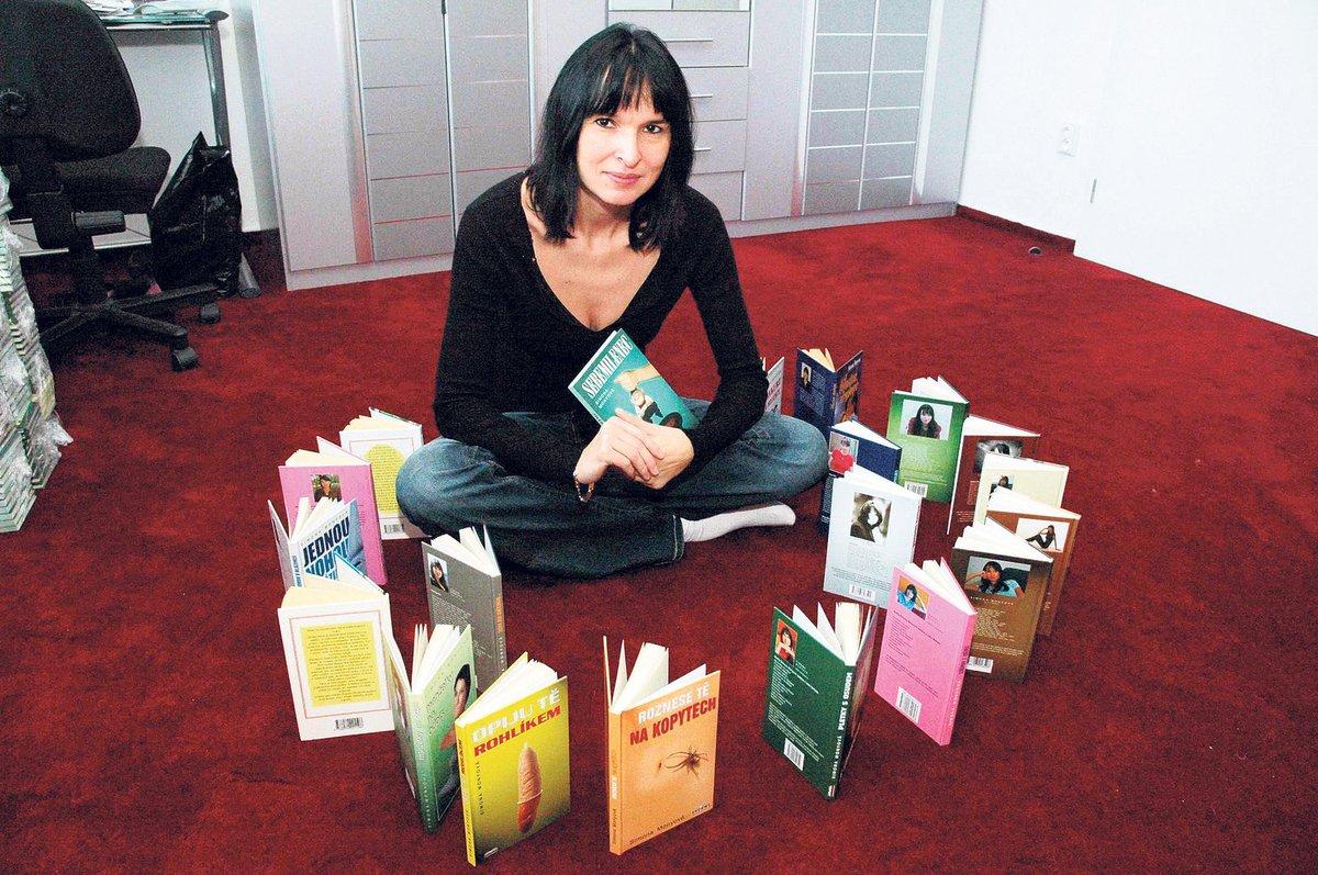 Simona Monyová byla autorkou desítek knih o partnerských vztazích