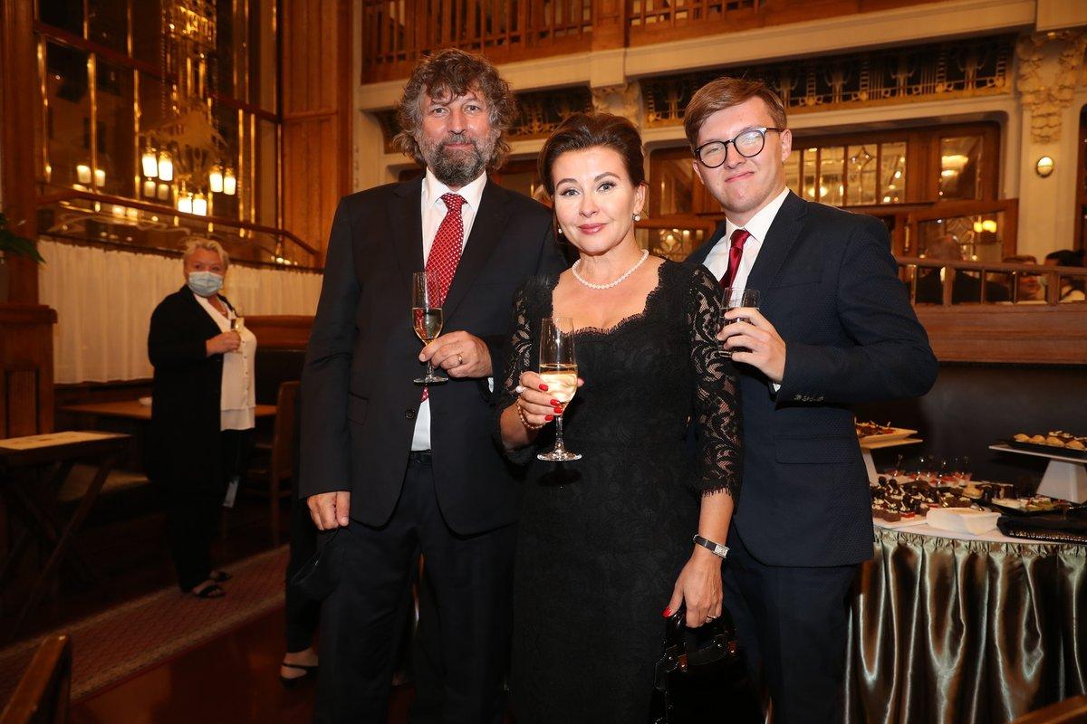 Dana Morávková a manželem a synem