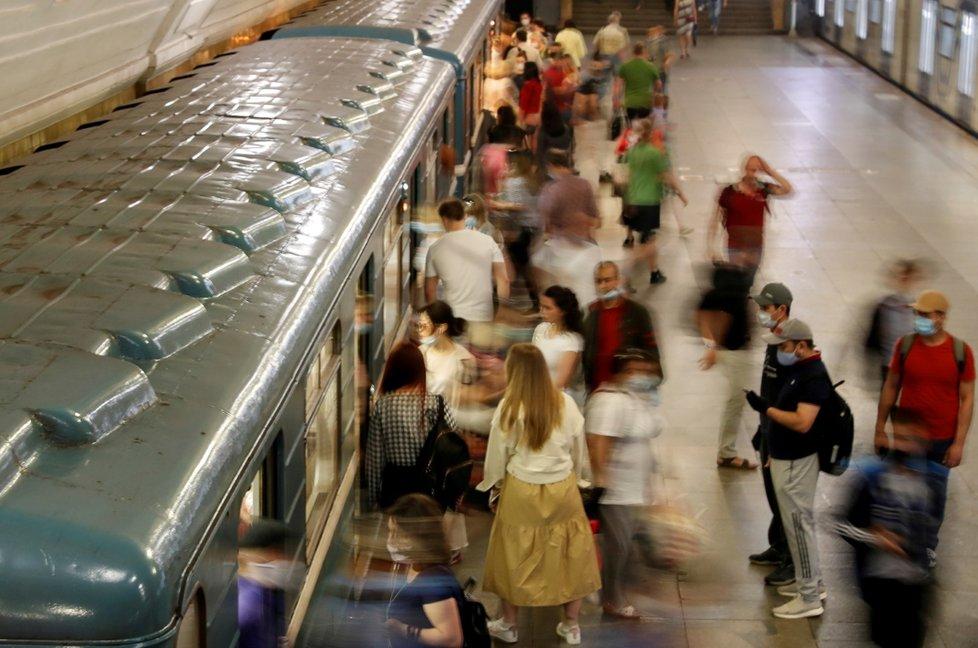 Moskevské metro za koronaviru.