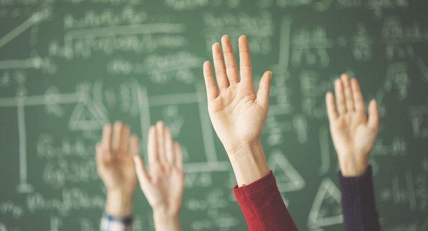 Mourrisonova poradna: Potíže s učením. Jak si poradit s matikou nebo češtinou?