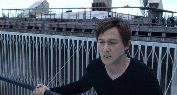 Muž na laně: Budete mít závrať!