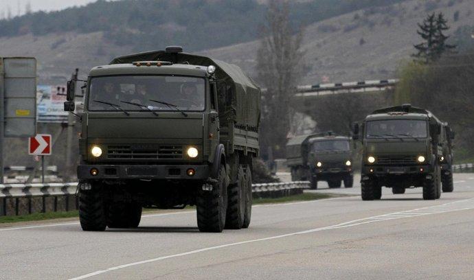 Na Krym přijíždějí další ruské jednotky