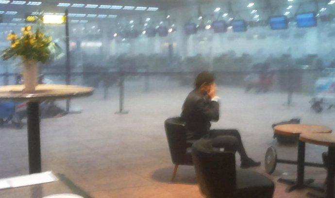 Na letišti v Bruselu explodovaly nálože  (22. března 2016)