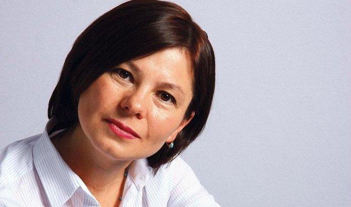 Na vrcholu. Zuzana Lapčíková se sice do povědomí většiny čtenářů dostala jako možná ministryně kultury, ve skutečnosti patří k nejlepším českým folkloristkám