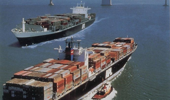 nákladní loď, lodní doprava