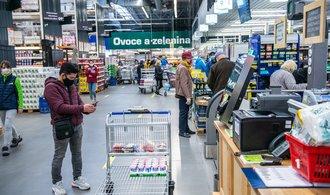 Průzkum: Vysoké inflace se obává 80 procent Čechů