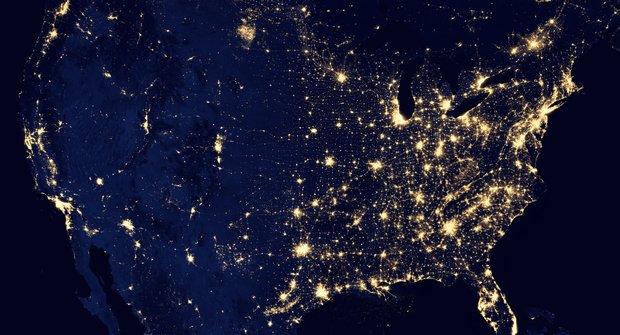 Galerie: Planeta Země v noci. Najdi, kde bydlíš.