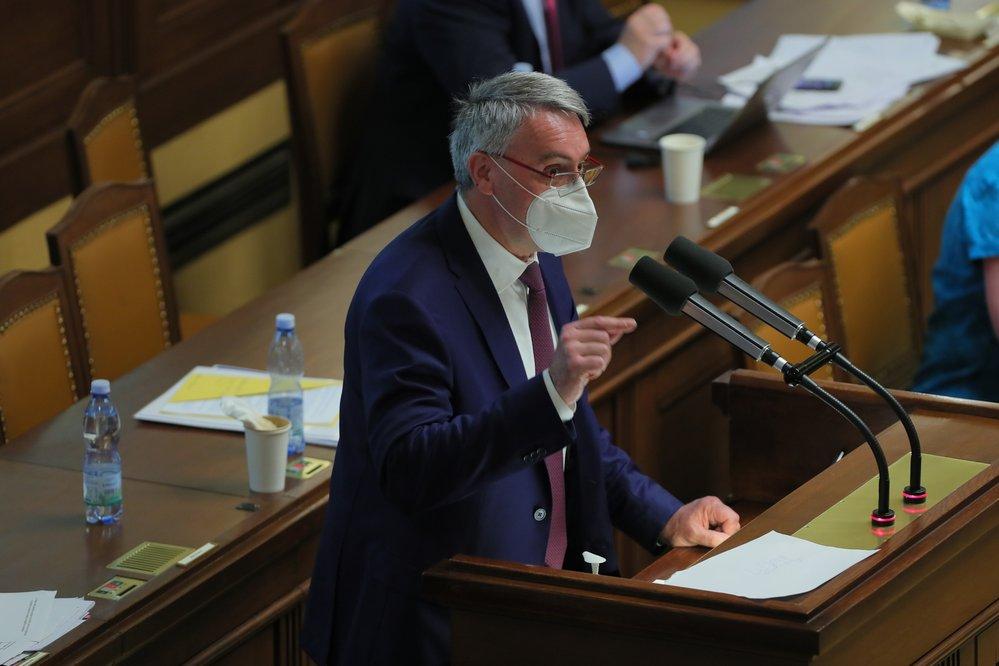 Jednání o nedůvěře vládě: Ministr obrany Lubomír Metnar (3.6.2021)